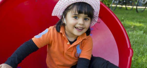 Spielnachmittage im Westpark: Kleines Mädchen (Archiv)