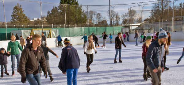 Eissportzentrum West