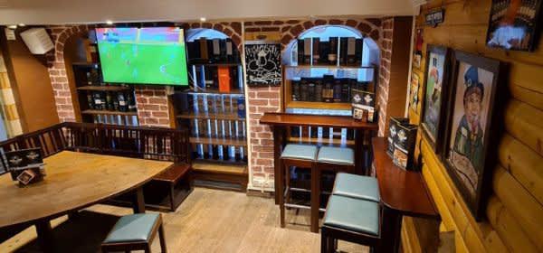 Barbereich im Dubliner Irish Pub
