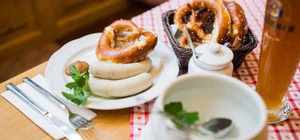 Weißwurst satt jeden Donnerstag im Spöckmeier
