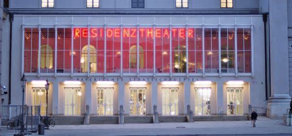 Residenztheater von außen