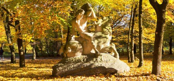 Der Bavariapark im Herbst