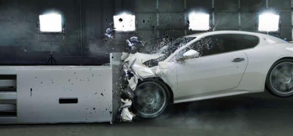Schaden am Auto mit Handy festgehalten