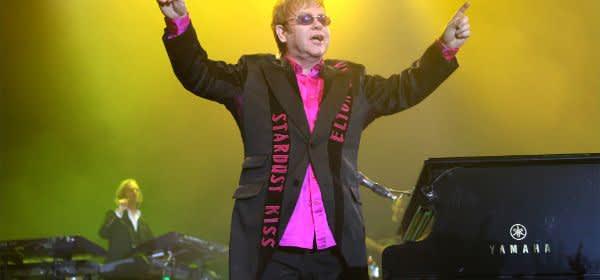 Elton John bei Live-Auftritt