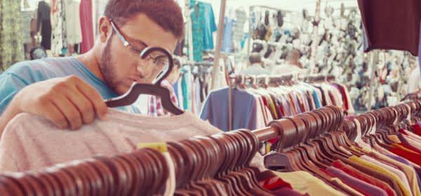 Flohmarkt für Second Hand Kleidung