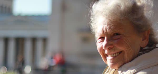 Seniorin am Königsplatz