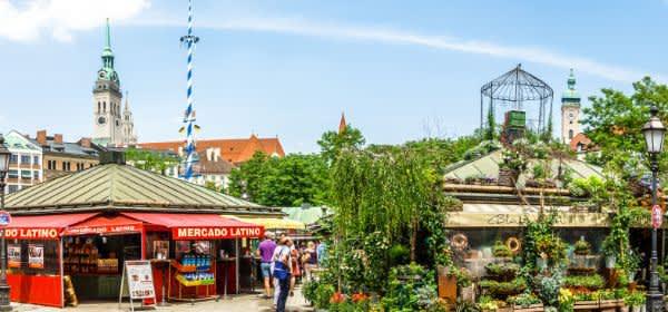 Buntes Treiben auf dem Münchner Viktualienmarkt