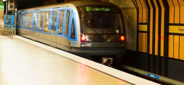 U-Bahn U5 an der Theresienwiese Richtung Laimer Platz