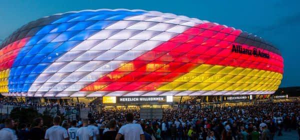 Arena außen Fans Deutschland gegen Frankreich