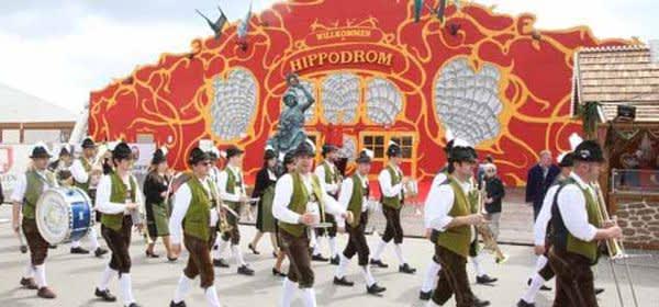 Das Hippodrom auf dem Frühlingsfest