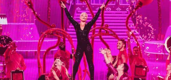 Sängerin Pink auf der Bühne