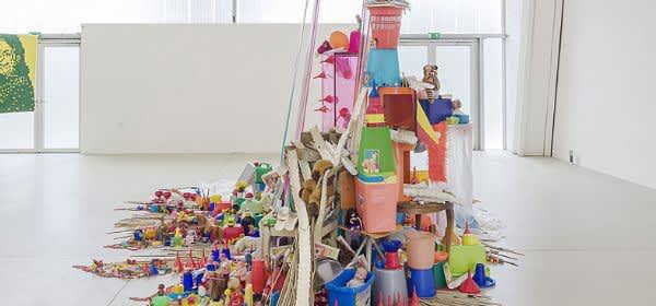 Platform: Annegret Bleisteiner, Nichtstun, 2018, Installation, mixed media, 15 x 20 x 5 m