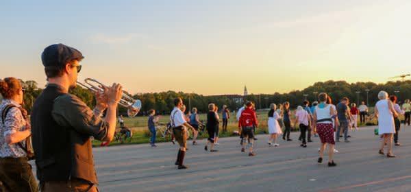 Bavarian Line Dance beim Bayerische Freitag auf der Theresienwiese