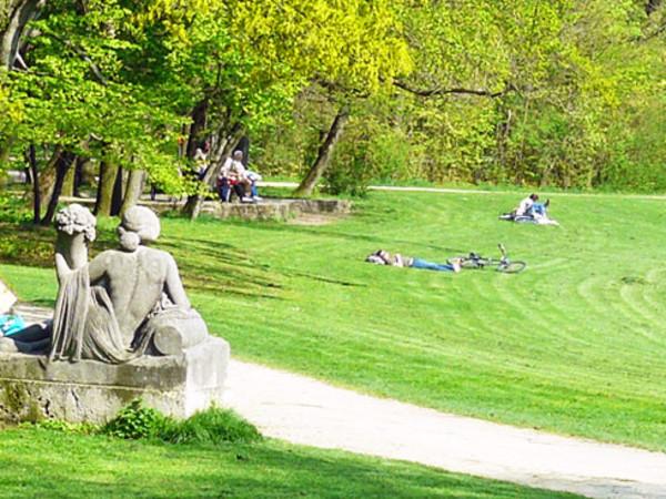 Der Bavariapark im Sommer