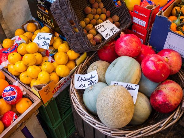 Südfrüchte auf dem Pasinger Viktualienmarkt
