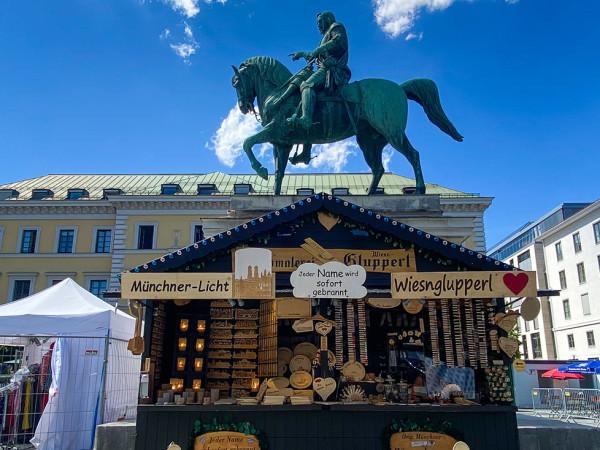"""""""Dult mal anders"""" auf dem Wittelsbacherplatz"""