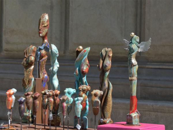 Skulpturen beim Handwerkermarkt