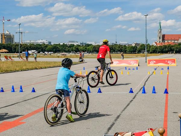 Sommer in der Stadt: Radlworkshop auf der Theresienwiese