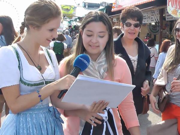 Bayerische Sätze auf dem Oktoberfest sprechen