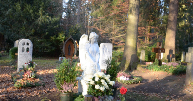 waldfriedhof solln in m nchen. Black Bedroom Furniture Sets. Home Design Ideas