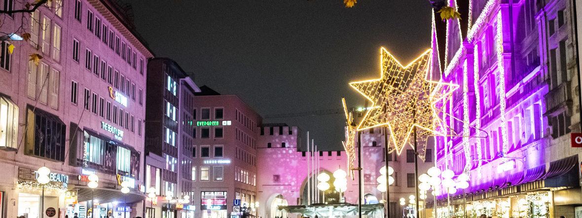 Die Münchner Fußgängerzone im Advent