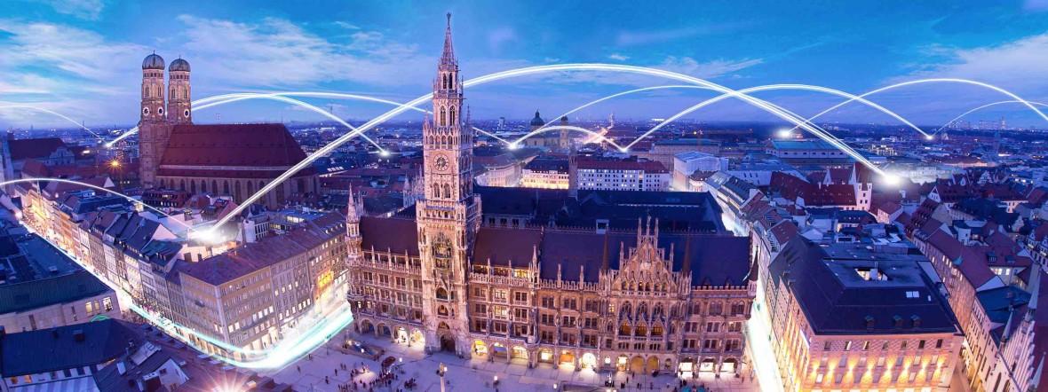München von oben bei Nacht