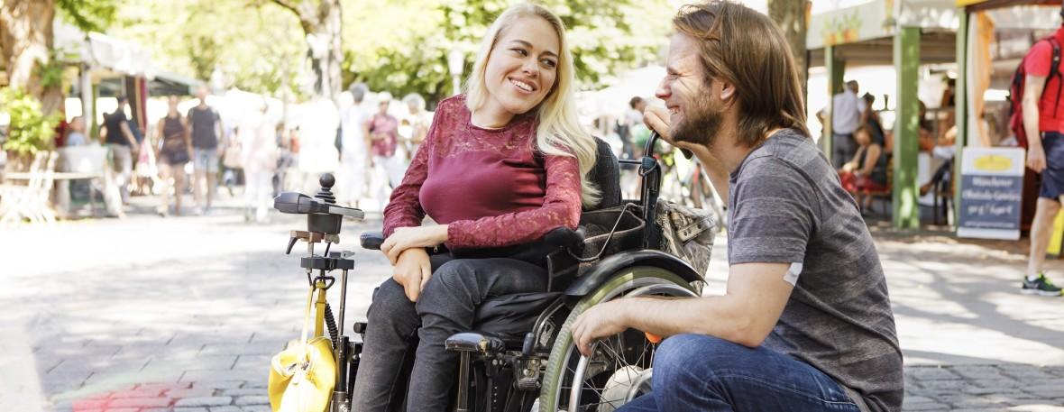 Rollstuhlfahrerin am Viktualienmarkt, Foto: Christian Kasper