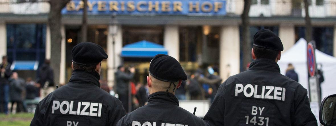 Die Münchner Polizei bei der Sicherheitskonferenz 2016, Foto: MSC/Hildenbrand