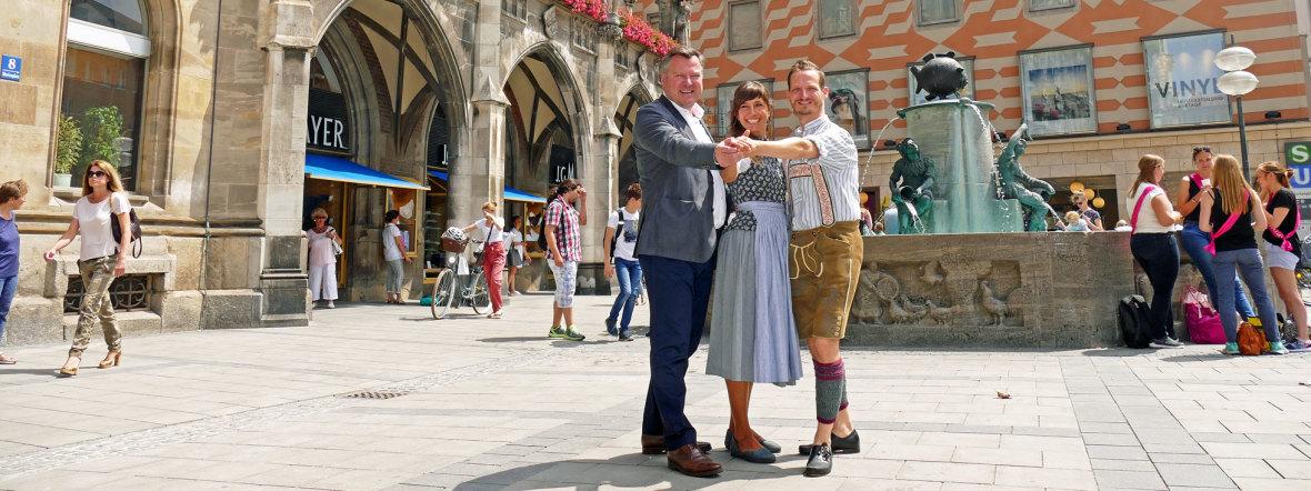 Pressetermin Stadtgründungsfest 2018 mit Bürgermeister Schmid und dem dem Tanzmeisterpaar Katharina Mayer und Magnus Kaindl, Foto: muenchen.de/Leonie Liebich