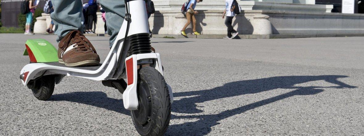 E-Scooter auf öffentlichen Straßen, Foto: Herbert Neubauer / APA