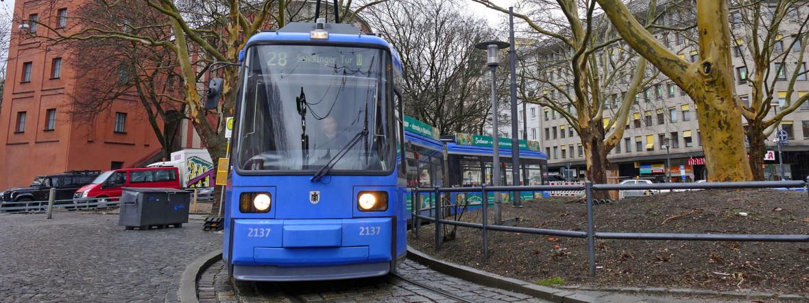 Tram in der Wendeschleife am Sendlinger Tor, Foto: muenchen.de / Benedikt Feiten