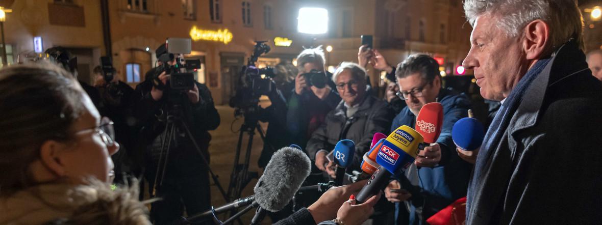 Dieter Reiter (SPD), Oberbürgermeister von München, gibt ein Statement zur bayerischen Kommunalwahl., Foto: Foto: Peter Kneffel/dpa