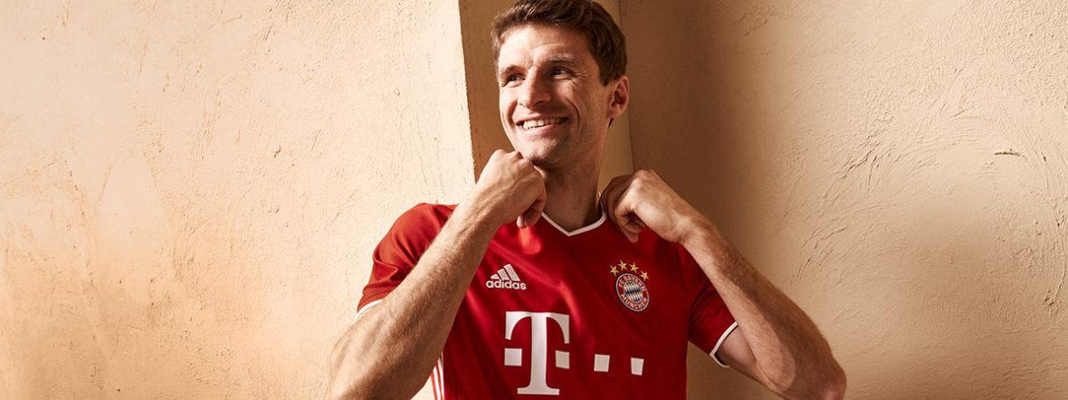 Thomas Müller im neuen Bayern-Trikot, Foto: FC Bayern München AG