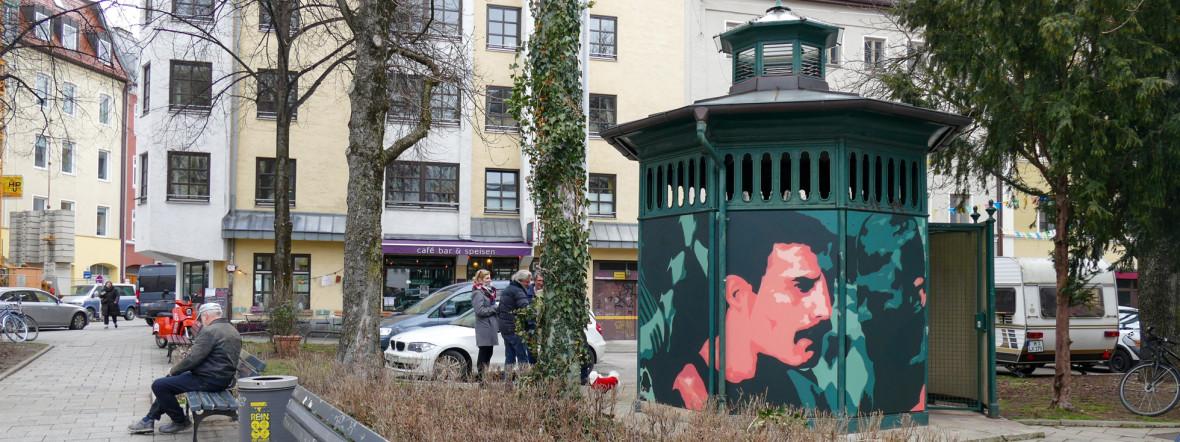 """Kunstprojekt """"The Pissoir"""" am Holzplatz, Foto: Marie-Lyce Plaschka"""