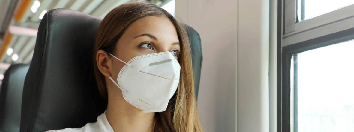 Frau mit FFP2-Maske, Foto: Shutterstock