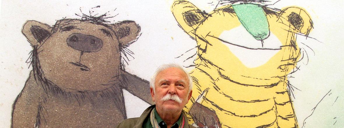 Janosch mit Kleinem Bär und Kleinem Tiger, Foto: picture alliance / Roland Weihrauch/dpa