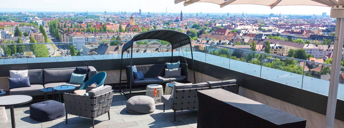 Die Dachterrasse der M'Uniqo Rooftop Bar, Foto: Thomas Schiele