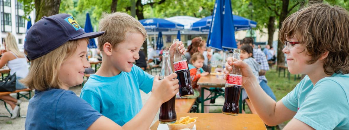Biergarten mit Kindern, Foto: Anette Göttlicher