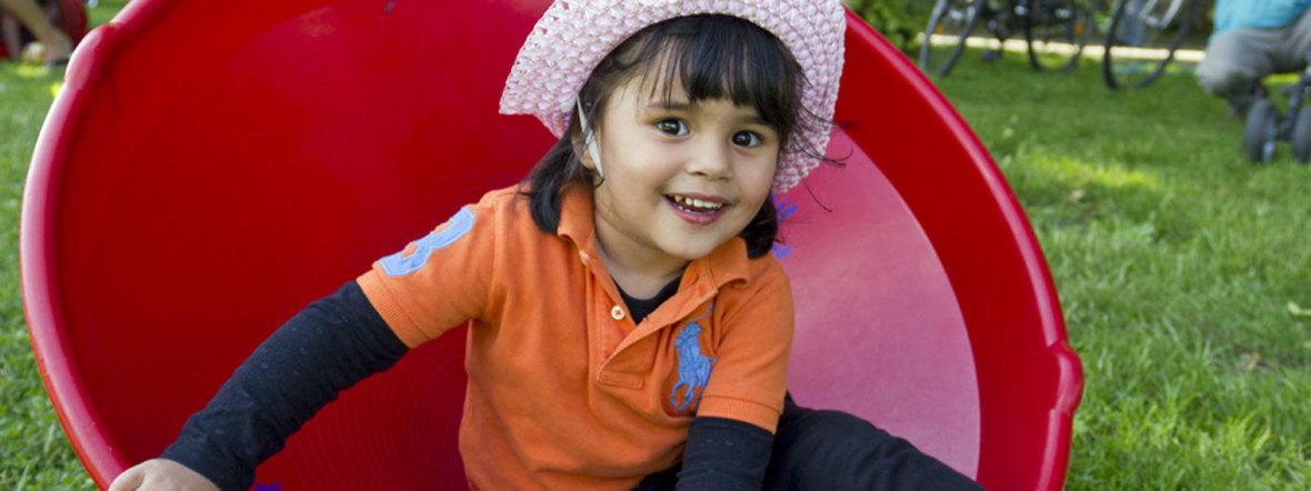 Spielnachmittage im Westpark: Kleines Mädchen, Foto: muenchen.de/Katy Spichal