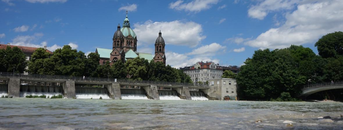 St. Lukas an der Isar , Foto: muenchen.de/Lukas Fleischmann
