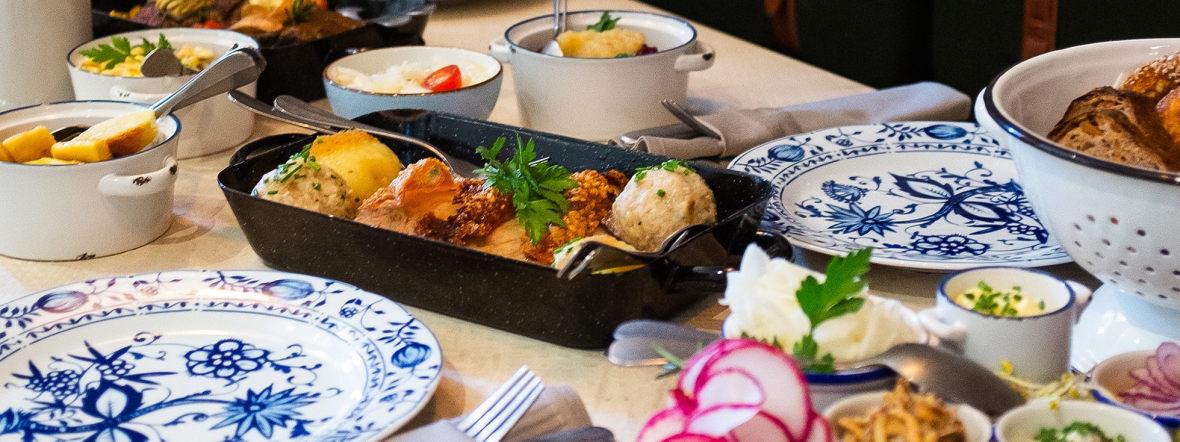Essen im bayerischen Wirtshaus, Foto: Anette Göttlicher