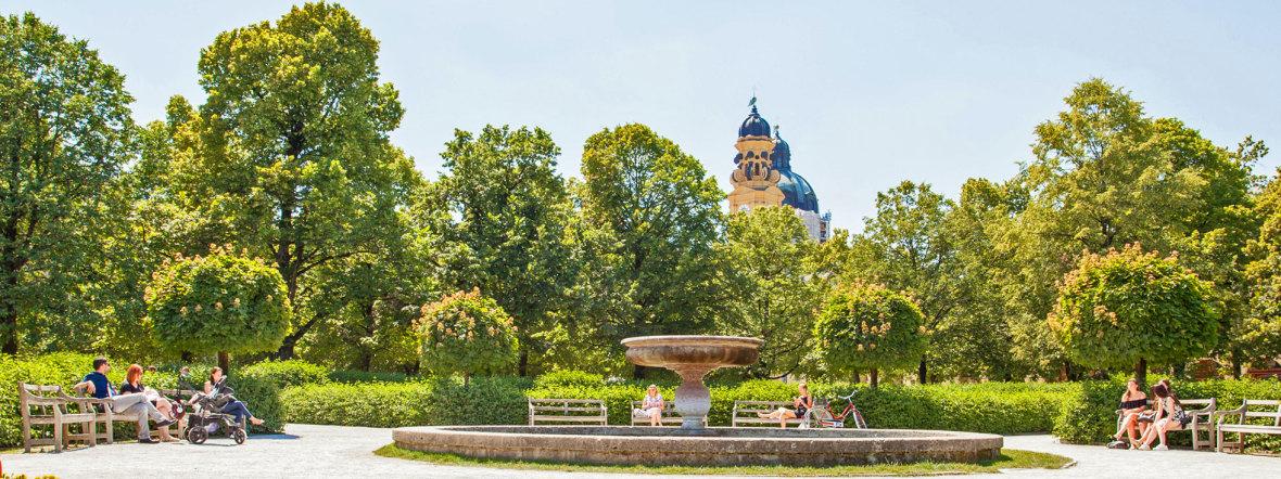 Hofgarten im Sommer