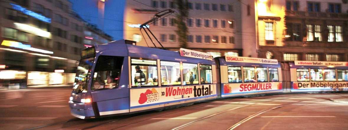 Tram in Münchner Nachtleben, Foto: MVV
