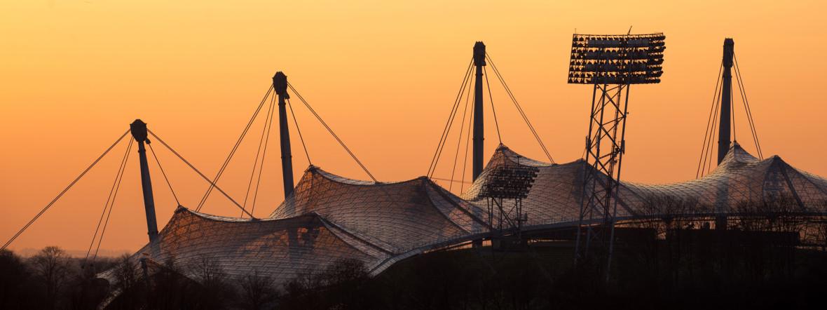 Sonnenuntergang am Olympiastadion