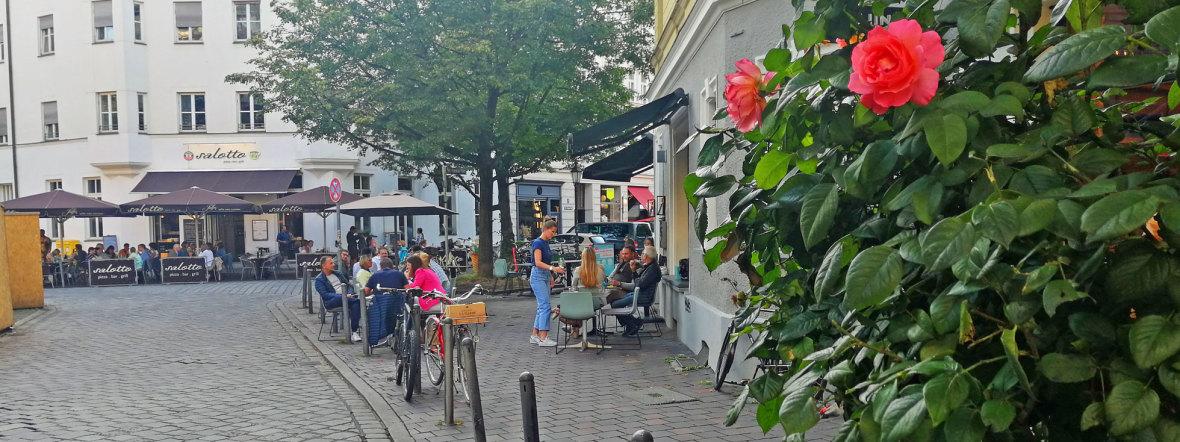 Der St. Anna Platz im Sommer, Foto: muenchen.de/ Leonie Liebich