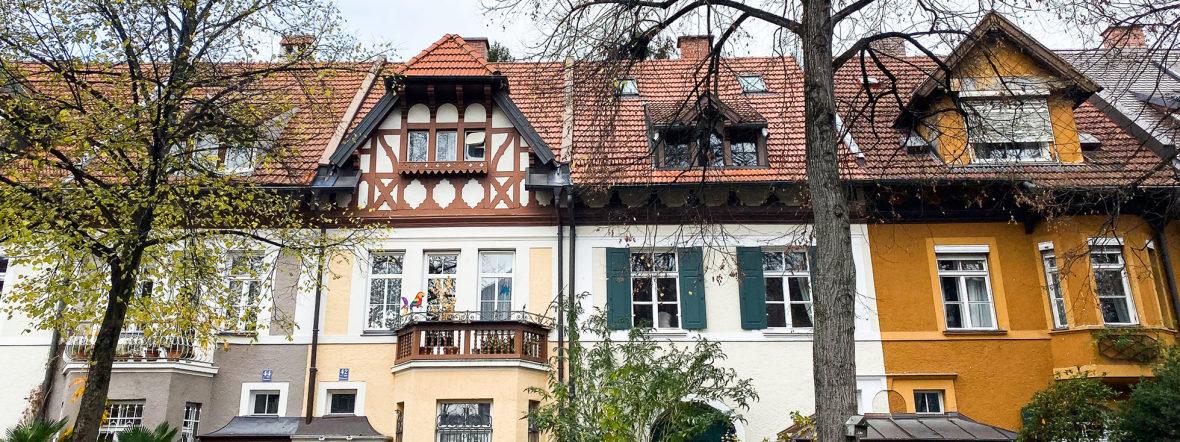 Häuserfassaden in Neuhausen, München., Foto: Anette Göttlicher