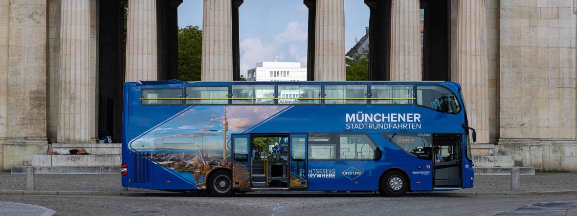 Bus am Königsplatz, Foto: Gray Line Sightseeing