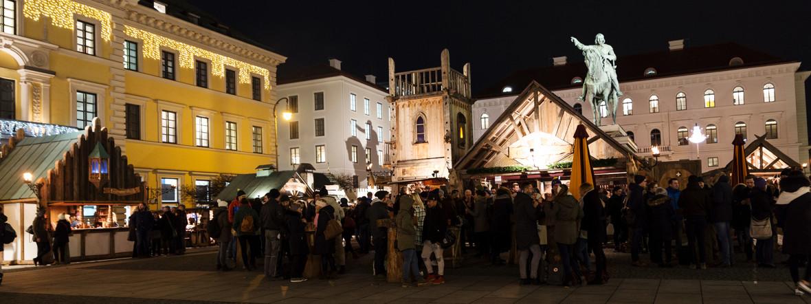 Mittelaltermarkt und Adventsspektakel am Wittelsbacher Platz, Foto: muenchen.de/Katy Spichal