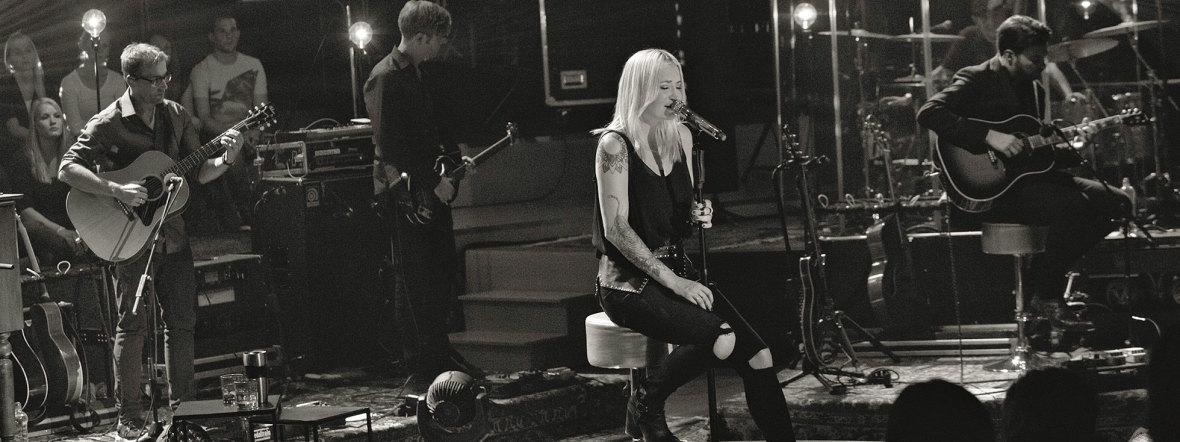 Sarah Connor singt auf Bühne, Foto: Nina Kuhn
