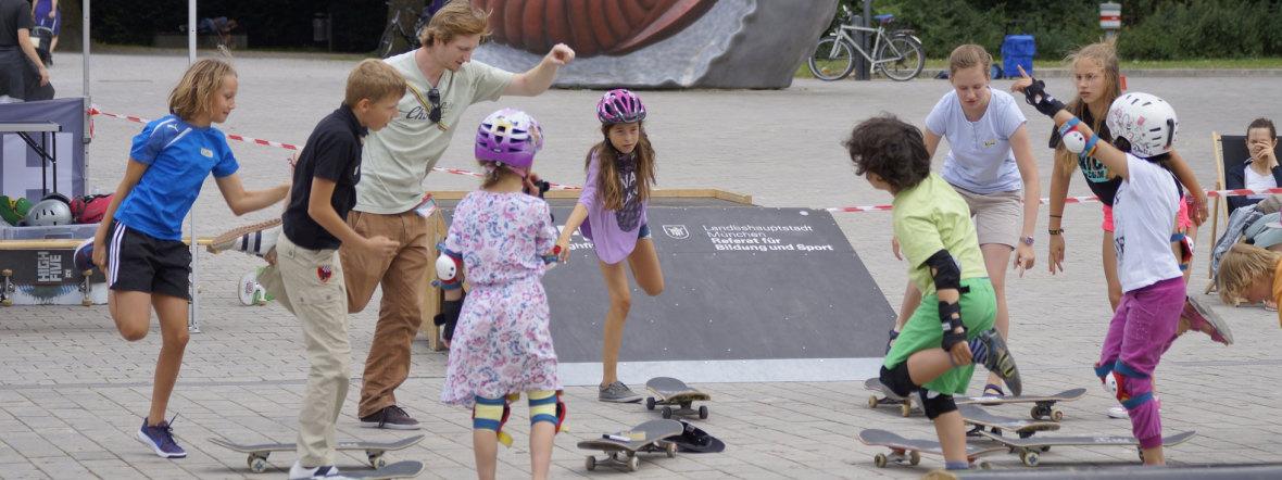 KiKS - High Five Skateboard, Foto: KiKS